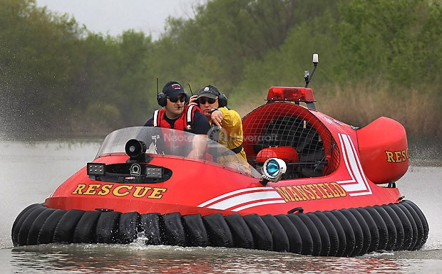 Mansfield Fire Department Hovercraft Flight training