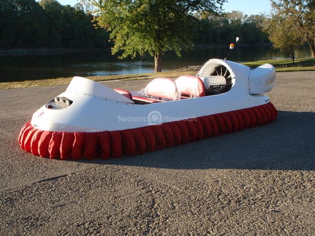 Commercial Hovercraft Model