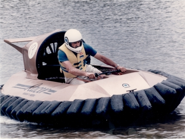 Hovercraft history Neoteric Racer
