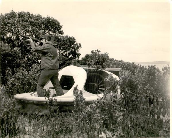 Neova 1 Hovercraft for duck hunting boat