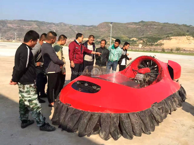 Image Neoteric Hovercraft China tourism Yellow River Tourist Attractions
