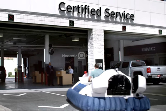 Photo Neoteric hovercraft GMC TV commercial General Motors Hovercraft video