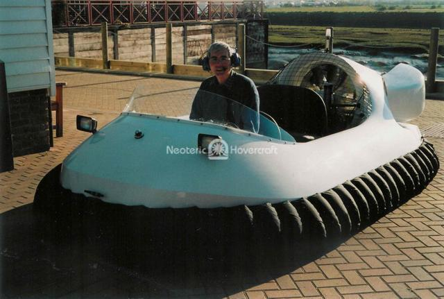 Neoteric Hovercraft Kit project photo gallery