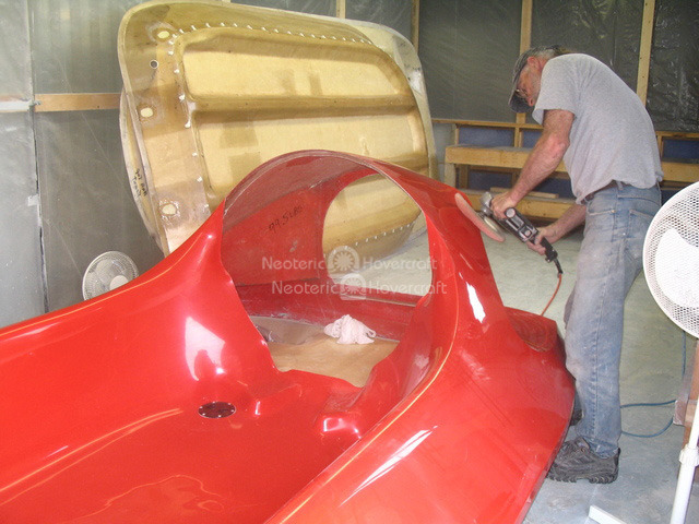 Photo six passenger rescue hovercraft manufacture Neoteric