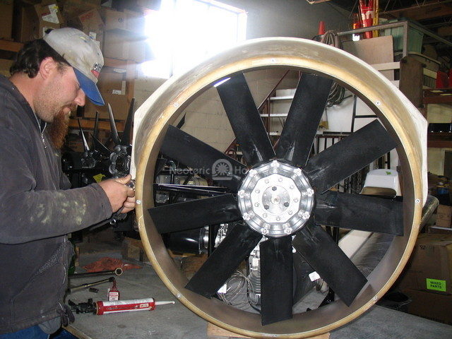 Photo Hovercraft 9 blade axial flow fan