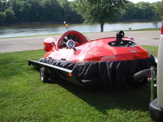 Image Rescue hovercraft trailer hover on hover off