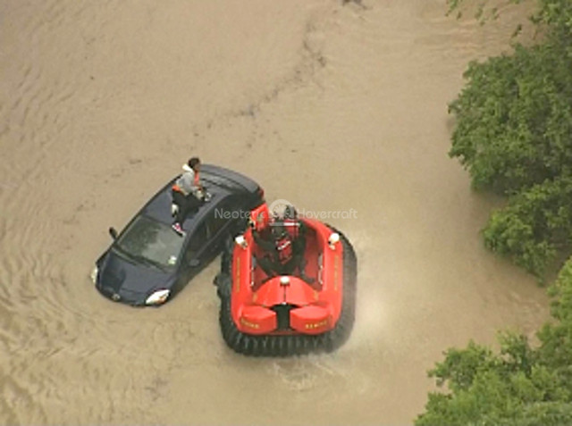 Video Texas flood hovercraft rescue Neoteric hovercraft