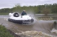 Photo Recreational Hovercraft on swift water