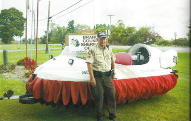 Image Neoteric Rescue hovercraft Branch County Sheriff's Office Marine