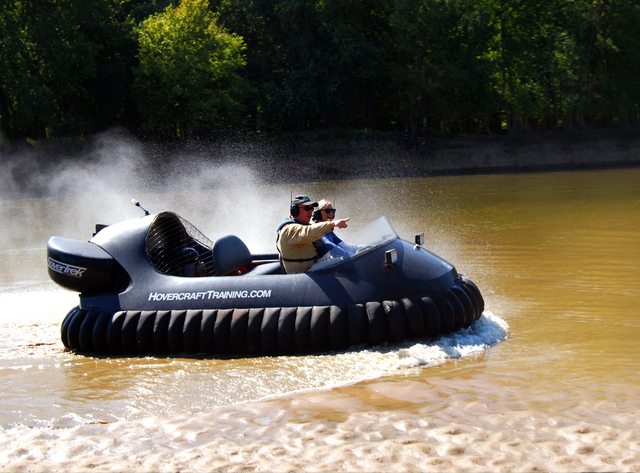Image hovercraft training